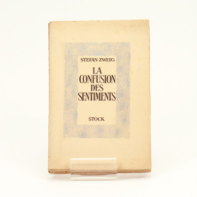 La confusion des sentiments (notes intimes du professeur R. de D.). Traduit de l'allemand par Al Zir Hella et Olivier Bournac.