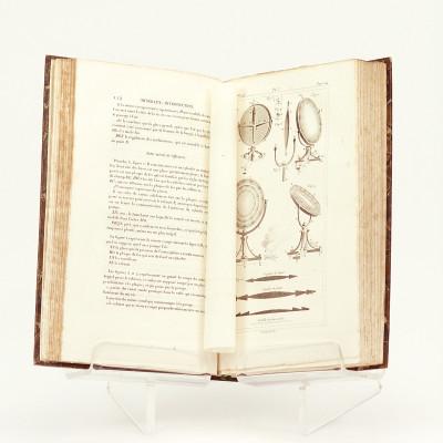 Œuvres complètes de Buffon mises en ordre et précédées d'une notice historique par M. A. Richard. Suivies de deux volumes sur les Progrès des Sciences physiques et naturelles depuis la mort de Buffon, par M. le baron Cuvier.