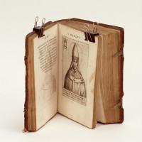 Pontificvm Romanorvm effigies, serenissimo principi et domino Andreae S.R.E. Card de Austria d. opera et studio. Ioañis Baptistae de Cauallerijs.