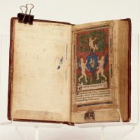Hore divine virginis Marie / Secundum usum Romanum / cum aliis multis folio sequenti notatis una cum figuris Apocalipsis & destructio Hierusalem / & multis figuris Biblie insertis. Almanach de 1520 à 1532.