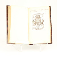 Œuvres de Lord Byron, traduction de M. Amédée Pichot, précédées d'un essai sur la vie et le caractère de Lord Byron par le traducteur et d'un discours préliminaire de M. Charles Nodier.