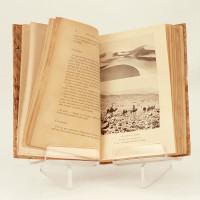 Avec le père de Foucauld et le général Laperrine. Carnet d'un saharien 1909-1911. Avec 29 gravures hrs-texte et une carte.